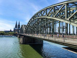 pont au dessus du Rhin, Hohenzollernbrücke