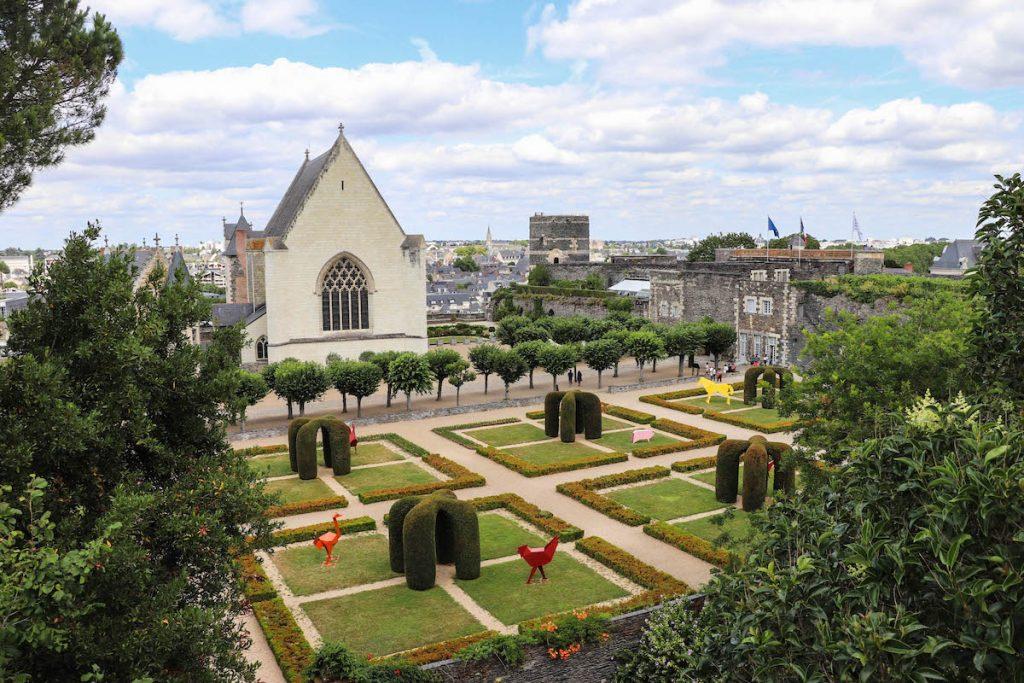 visiter les jardins du chateau d'angers