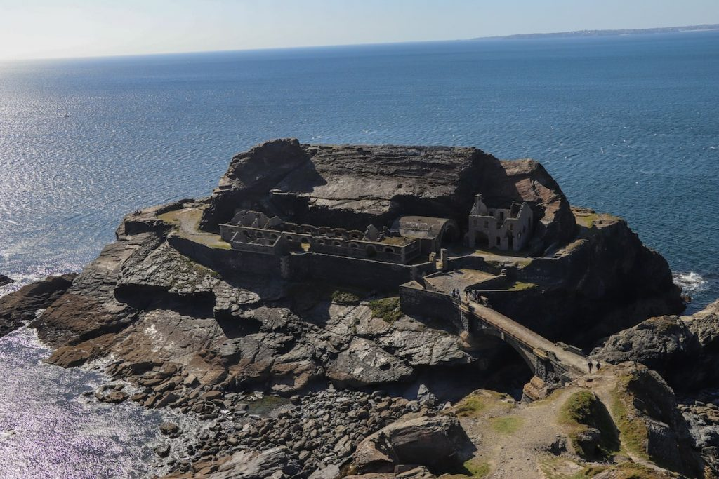 fort des capucins à la presqu'île de crozon